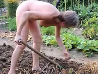 girl mature garden outdoor anal fisting dildo 21