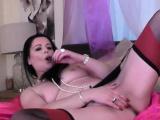 sarah kelly masturbating in stockings