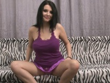 irresistible solo beauty in purple gets kinky