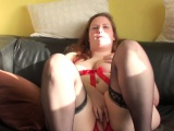elegant british bbw fingering herself