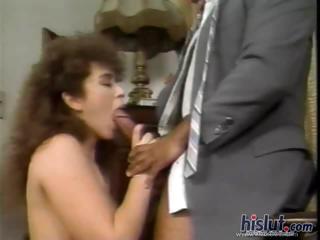 This mature slut wants cock