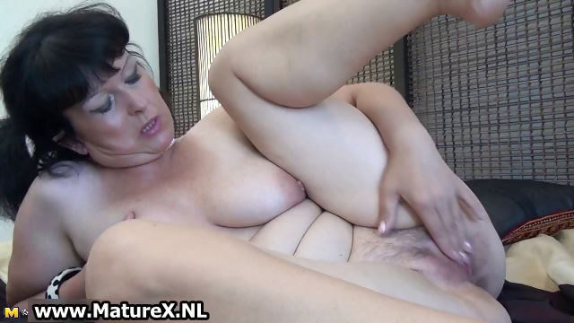 Porn Tube of Fat Mature Wife Loves To Stick Her Own Part6