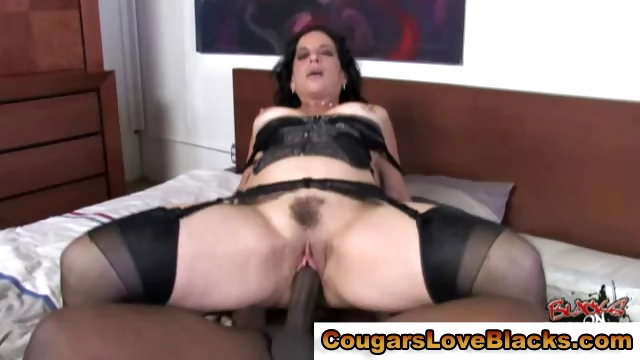 Porno Video of Mature Couger Interracial Fuck And Facial