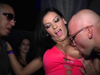 Секс вечеринки жирных русских свингеров и мужиков