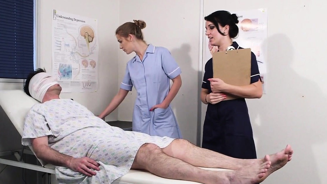 Three-Way Nurse Facialized With Great Load
