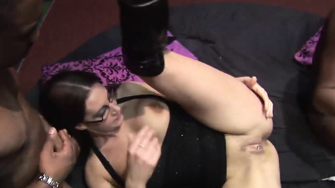 Horny Babe Gets Long Black Schlongs In Gang Bang