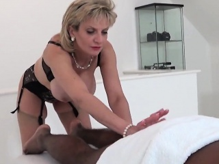 adulter british milf lady sonia presents her big natura
