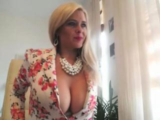 amazing blonde milf masturbation for your pleasure