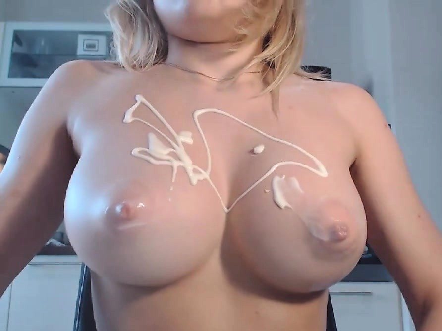 I Love Teenagers With Nice Juicy Tits ...