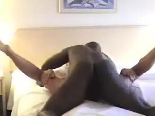 Жена пристает к другу мужа секс