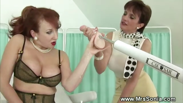 Porn Tube of Sex Machine Taking Care Of Mature Pussy