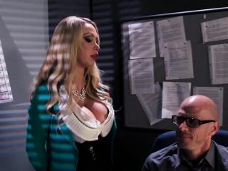 Порно инцест групповое в одежде русское