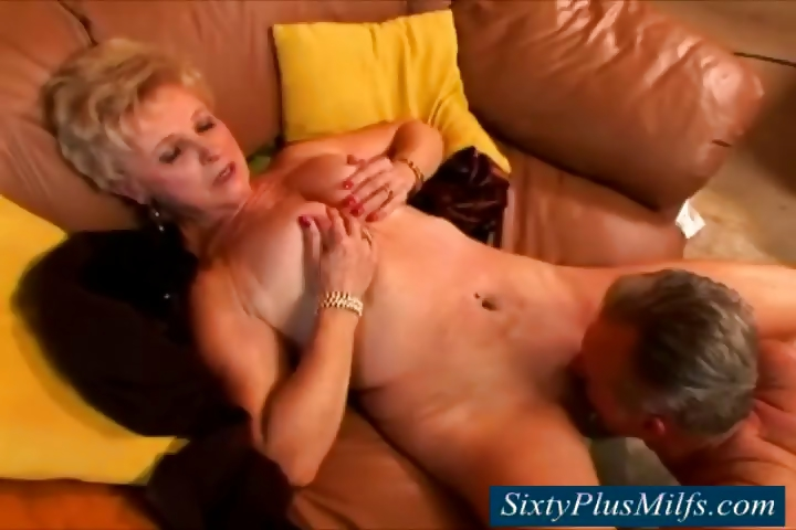 Porno Video of Granny Waiting For The Neighbor