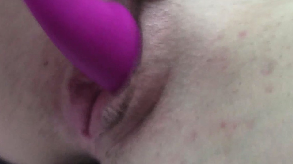Teen Shoots Masturbating With A Pink Toy