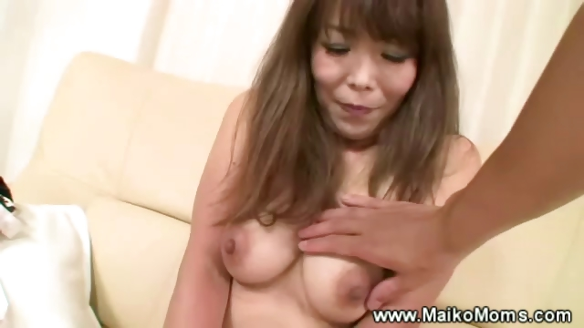 Porno Video of Mature Japanese Maiko Teasing With Her Hairy Pussy