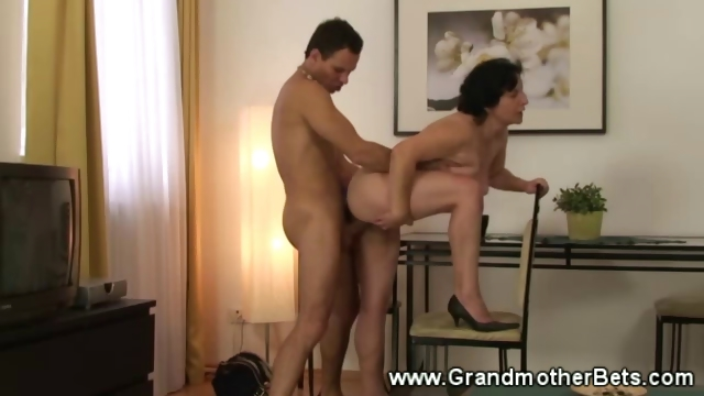 Sex Movie of Granny Bends Over For Some Fresh Meat
