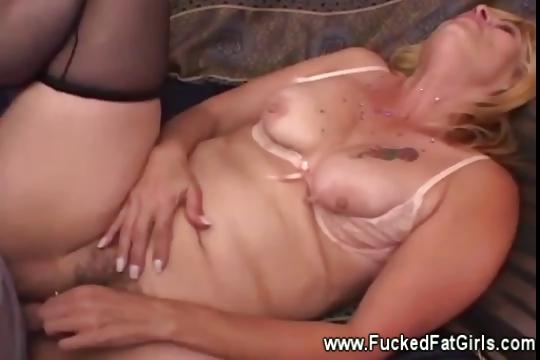Porno Video of Plumper In Stockings Loves To Bone