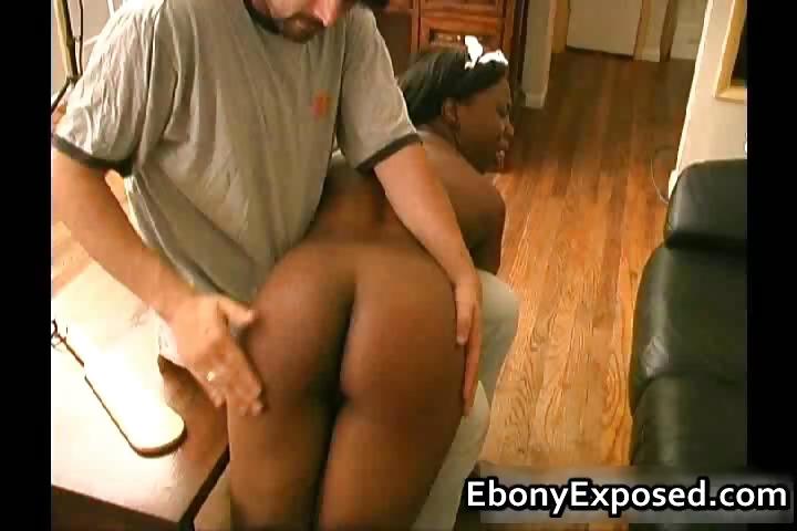 Porn Tube of Ebony Maid Gives Hot Extra Service Part1