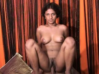Красивый секс с женой и другом