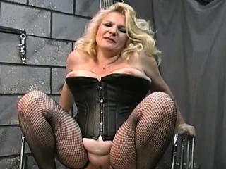 Порно мультфильмы смотреть извращения большие жопы