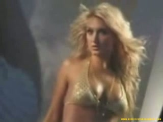 Porno Video of Brooke Hogan Fhm Shoot