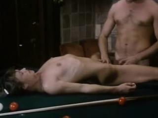 Грудастые зрелки в чулках ретро порно