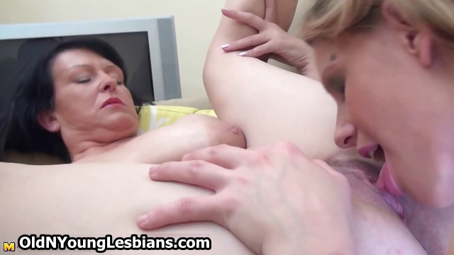 Porn Tube of Teen Girl Gets Licked And Also Licks Part1