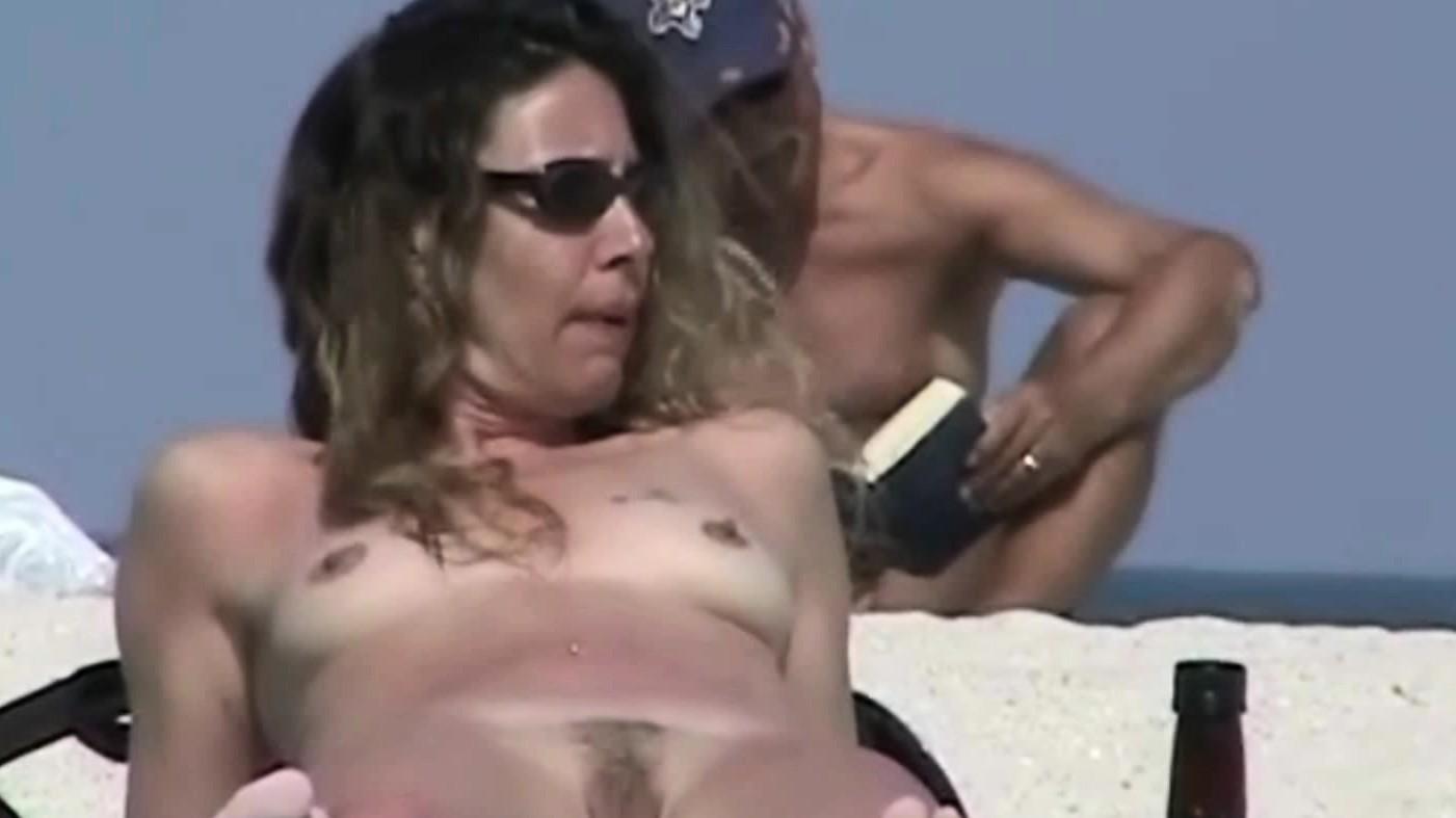 Splendid Beach Voyeur Spy Camera Video Nude