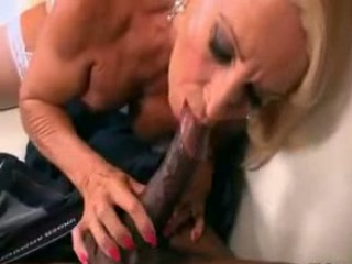 Granny Julia anal sex HQ