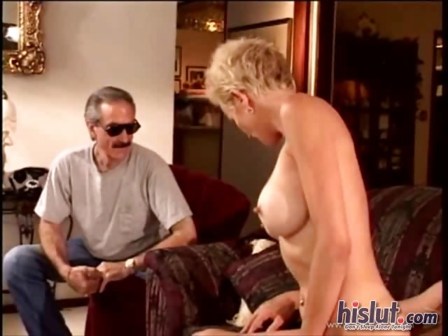Porn Tube of Kiki Is A Hot Mature Whore