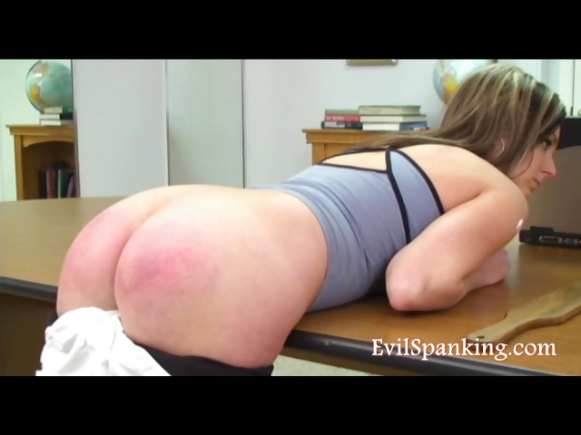 Porno Video of Brutlal Blonde Girl Spanked With Bat