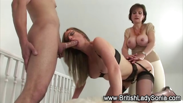 Porno Video of Slutty Blonde Spit Roast