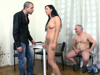 Русское порно лишение целки смотреть бесплатно