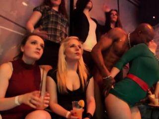 Порно видео старые молодые в чулках