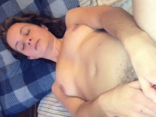Порно пухленькие с волосатой промежностью