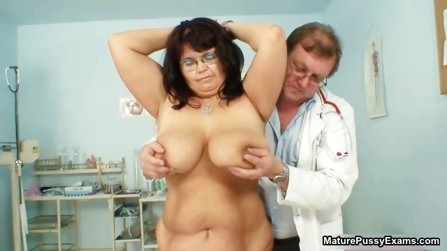Porno Video of Fat Mature Mom Gets Her Big Part5