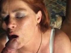 Зрелую тётку трахнули и кончали в рот смотрите порно видео со зрелыми женщинами бесплатно