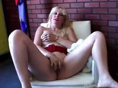 Порно сруской тётей 720