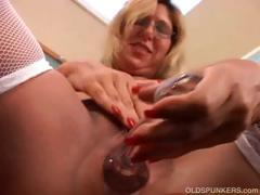 Молодая пара занимается сексом во время ремонта квартиры порно видео