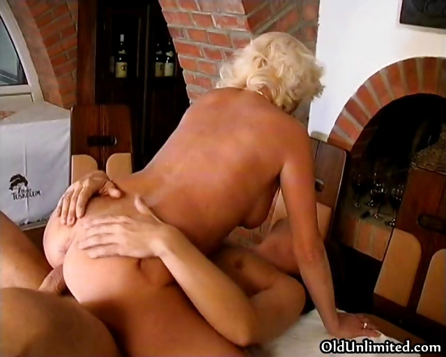 Porno Video of Horny Mature Mom Gets Fucked Part2
