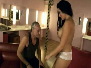 Порно пышных с большими ляжками