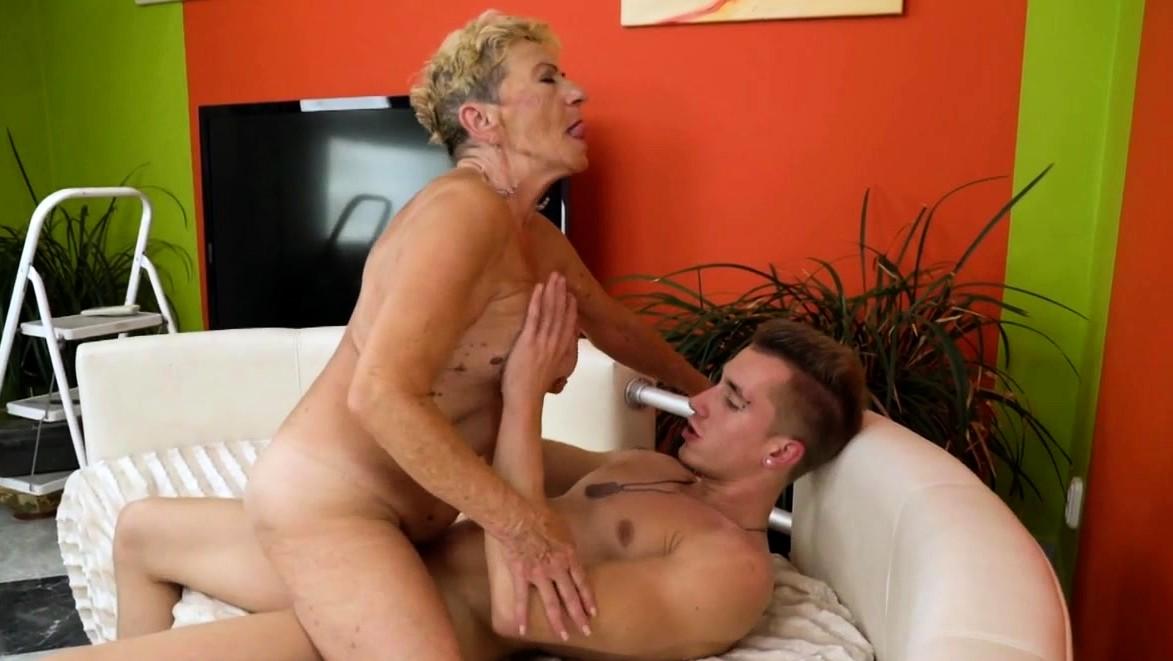 Horny Granny Gets Her Hairy Pussy Fucked