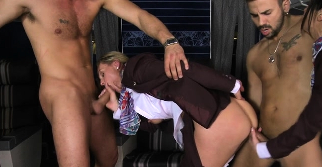 Mother With Whom I Would Like To Fuck Plays And Sucks Shlong