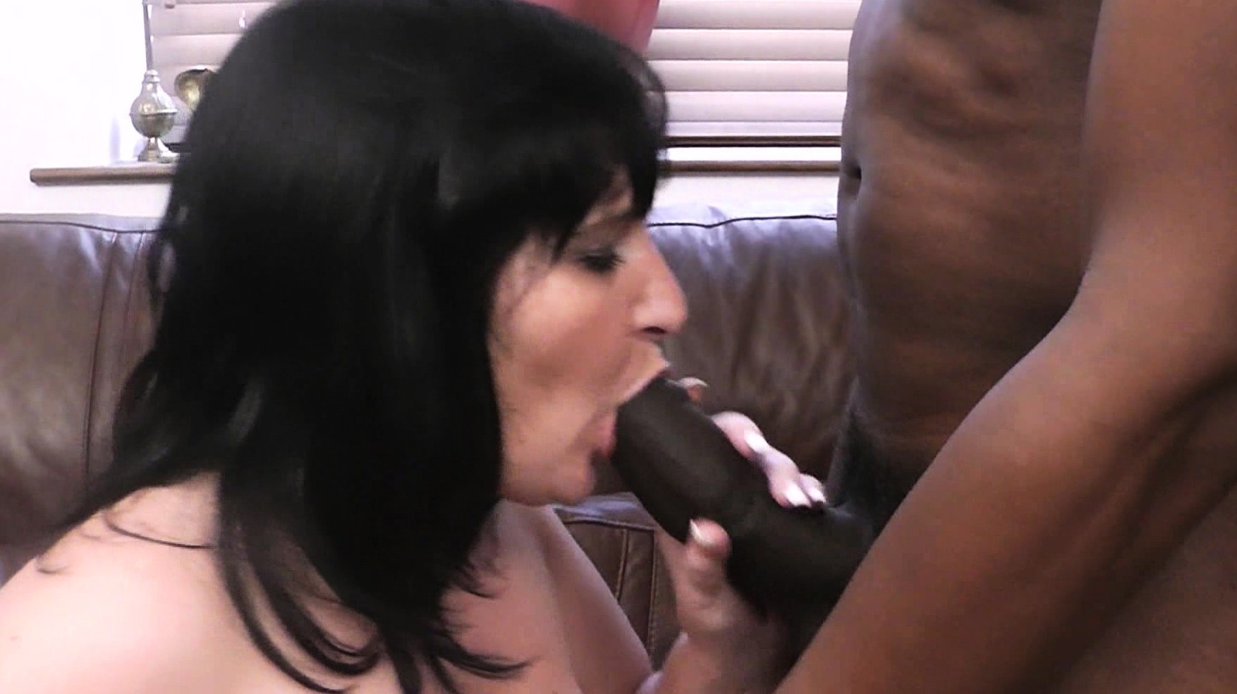 Hard-Working Woman Takes Huge Black Meat
