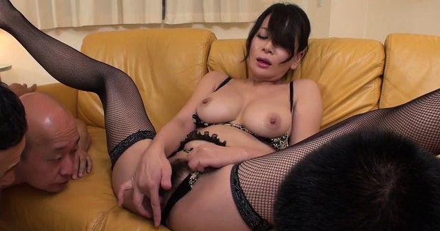 Hot Japanese Gets Juicy With A Big Dildo, Pussy Fingering