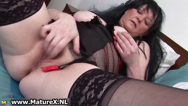 Porno Video of Sixty Years Old Mom Finger Fucking Part5