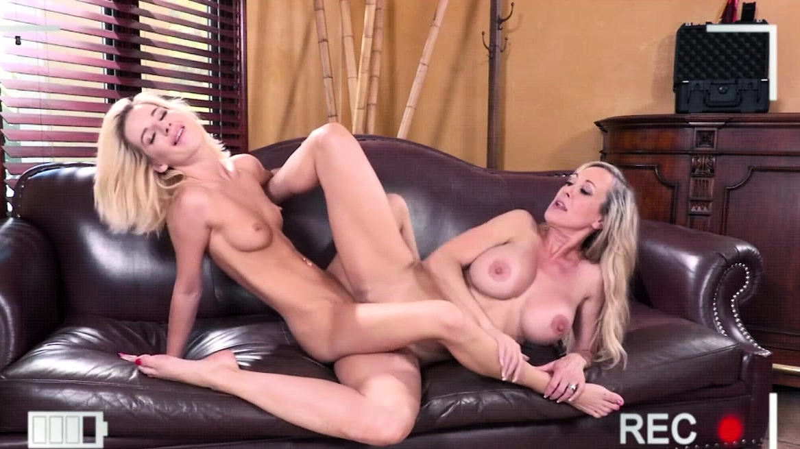 Bella Loves To Lick Brandy Wet Pussy