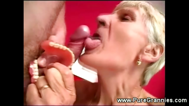 Porno Video of Toothless Granny Blowjob