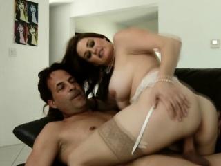 Анальный секс со зрелыми и окончание внутрь