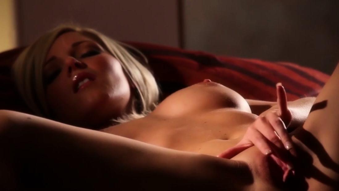 Babes - Niki Lee Young - Solo Jugar